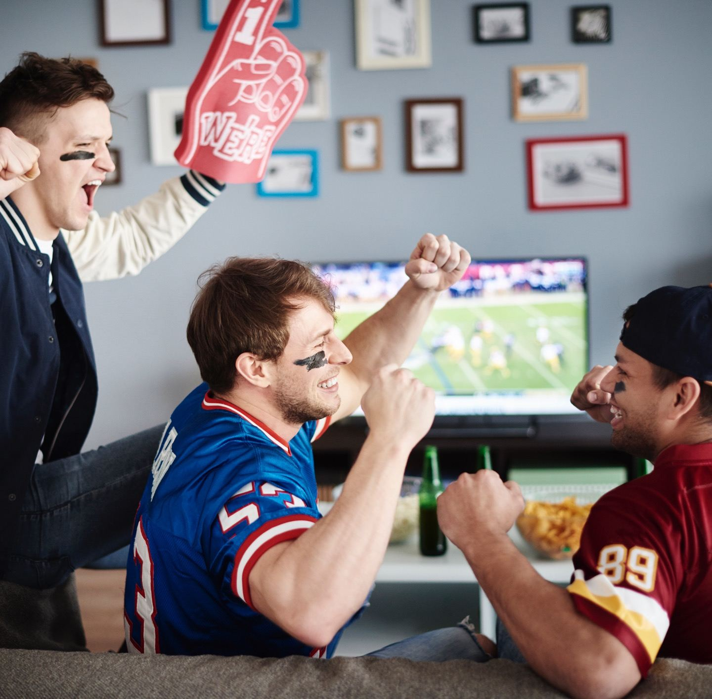 NFL Sunday Ticket from DIRECTV® | Watch Any NFL Game
