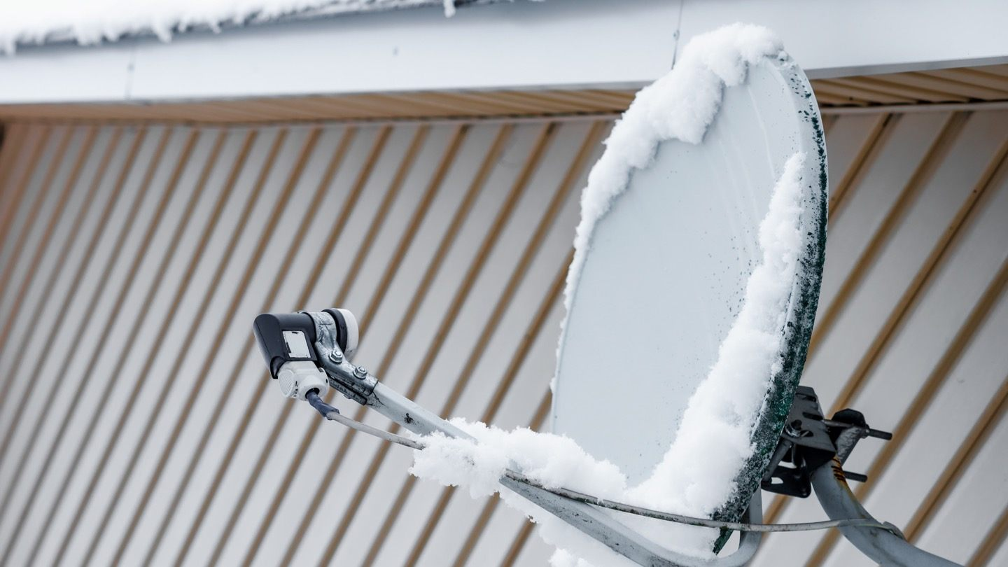How to keep your satellite dish clear | Allconnect.com